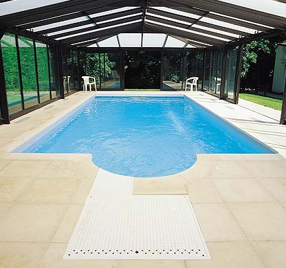 Desjoyaux Swimming Pools Surrey Swimming Pools Construction In Guildford The Sun