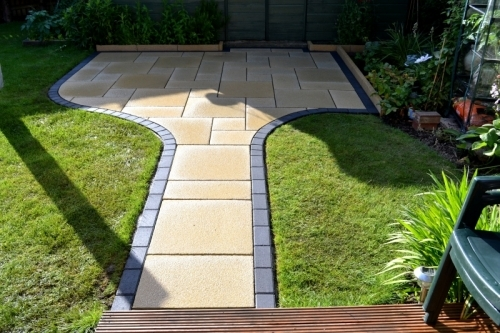 Patios with Marshalls Saxon Paving