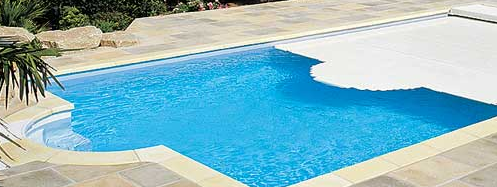 Desjoyaux Swimming Pools Surrey Swimming Pools Construction In Guildford
