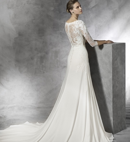 Jaynes bridalwear bridal gown shops in doncaster the sun for Wedding dress shops doncaster