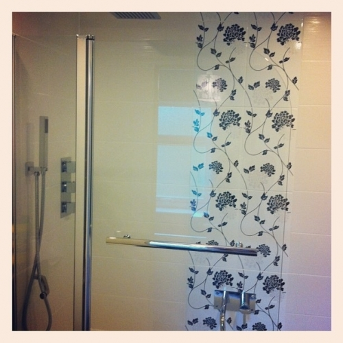 Bi Fold Shower Screen - 2 way shower mixer