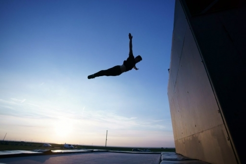 Wall trampolining of Gravity over Distance athlete