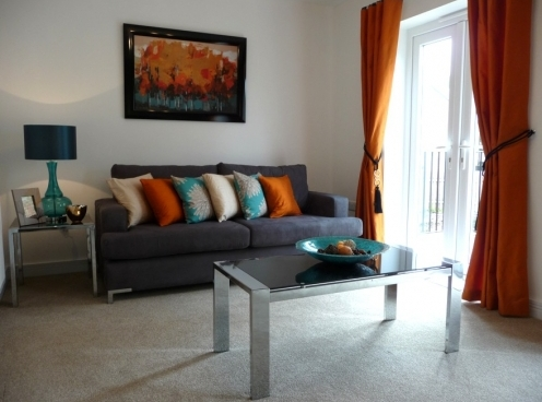 Showhome: Aqua and orange