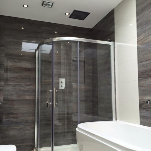 Stunning Fully Fitted Bathroom