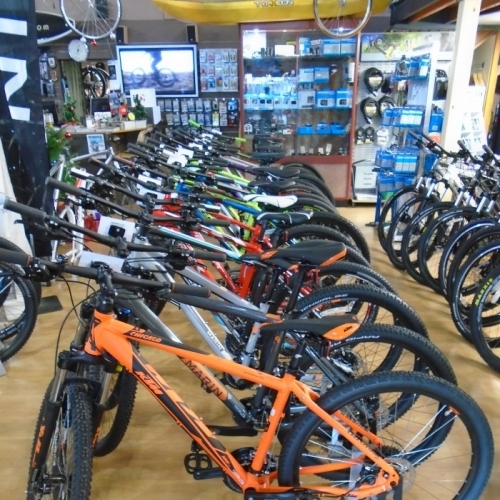 Bigpeaks Bike Shop And Watersports Store Ashburton Devon Uk 2