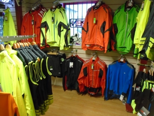 Bigpeaks Bike Shop And Watersports Store Ashburton Devon Uk 5