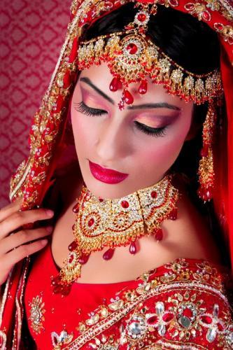 Asian Bride Makeup Artist : Asian Bride Makeup, Make-Up Artists In Slough