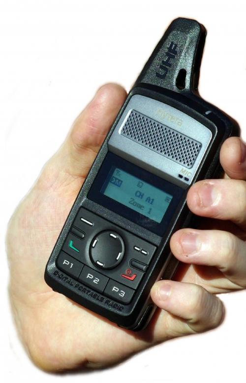 HYT PD365 DIGITAL HANDHELD RADIO