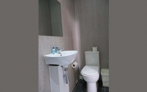 A typical bathroom at Abercorn House London