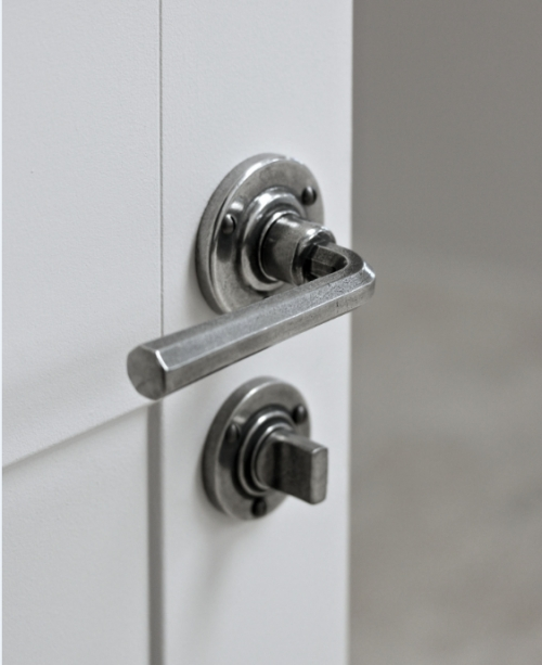 Finesse Fine Pewter Hardware