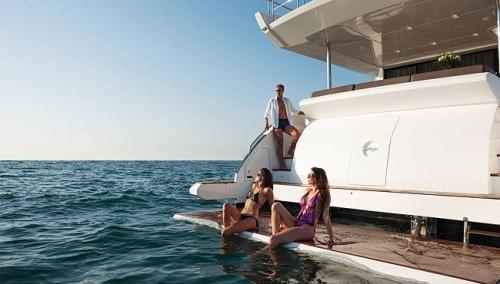 International Luxury Yacht Charter