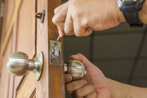 emergency locksmith london