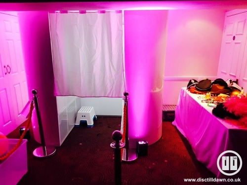 Photo Booth Hire Hayes, Uxbridge, Middlesex