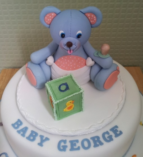 Teddy cake topper