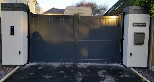 Aluminium Flat Top Grey Driveway Gates