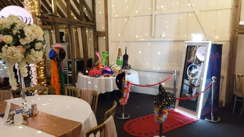 Magic Mirror Photo Booth Hire - 3 Hours 20% Off!