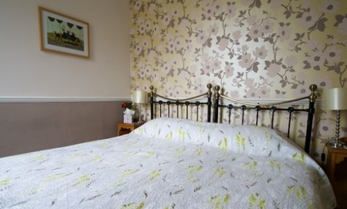 Poppy (King or Twin bedded en suite)