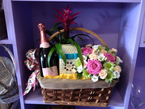 Gift Hampers  with flowers